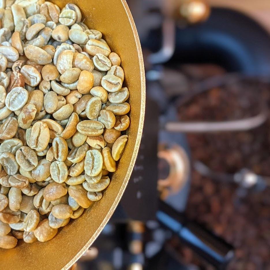 焙煎所。ITOKU COFFEE